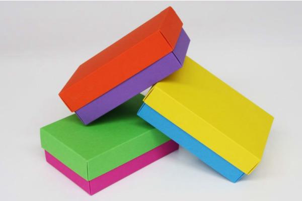 BUNTBOX Buntbox L 226x173x78mm 142-32 im Display, farbig ass.