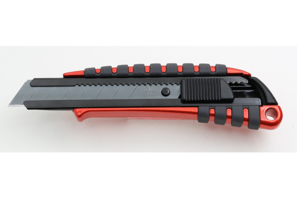 NT Cutter 18 mm PMGL-EVO1R limited Edition