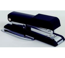 BOSTITCH Bürohefter B8GEN B8GEN schwarz für 30 Blatt/3mm Basiert auf der bekannten Qualität des B8 Klassikers und trumpft mit vereinfachtem Lademechanismus , Gummifüssen , seitenverstellbarer Klammerentferner , 30 Blatt Heftkapazi